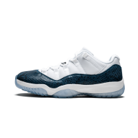 Jordan кроссовки 11 Retro Low LE Snakeskin белые