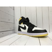 Кроссовки Nike Air Jordan желто-черные с белым