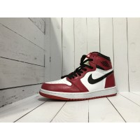 Кроссовки Nike Air Jordan бело-красные с черным