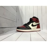 Кроссовки Nike Air Jordan бело-красно-черные