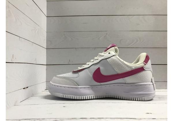 Кроссовки Nike Air Force белые с розовым
