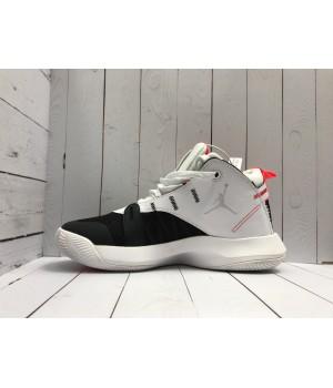 Кроссовки Nike Air Jordan черно-белые