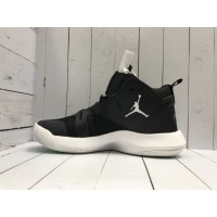 Кроссовки Nike Air Jordan с лого черные