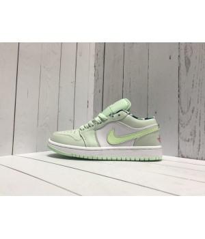 Кроссовки Nike Air Jordan салатовые