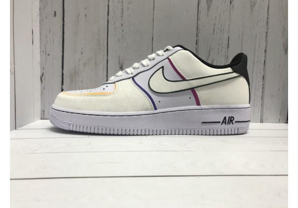 Кроссовки Nike Air Force с узорами бежевые