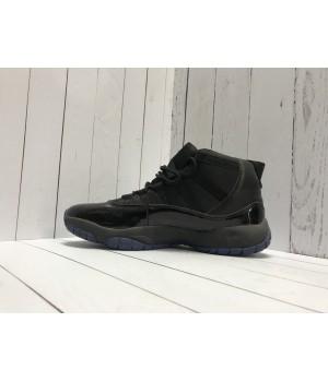 Кроссовки Nike Air Jordan замшевые моно черные