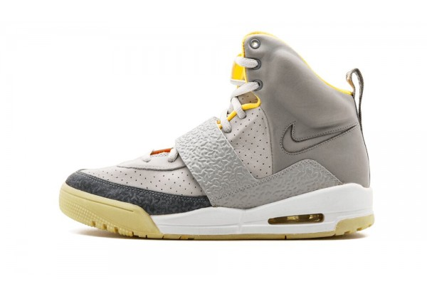 Кроссовки Nike Air Yeezy темно-серые