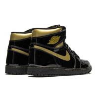 Кроссовки Air Jordan 1 High лакированные черные