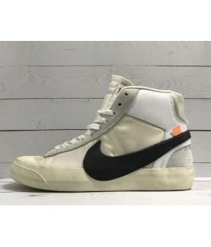 Кроссовки Nike Air Jordan с надписью песочно-серые