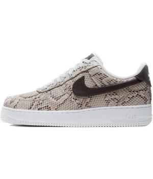 Кроссовки женские Nike Air Force 1 React коричневые