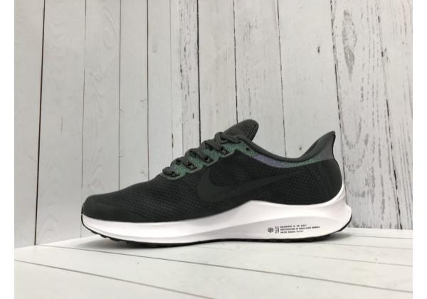 Кроссовки Nike Zoom черные с белой подошвой