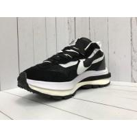 Кроссовки Nike Tavas черно-белые
