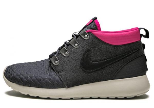 Кроссовки Nike Roshe Run черные с фиолетовым