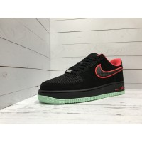 Кроссовки Nike Air Force замшевые черно-красные