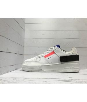 Кроссовки Nike Air Force с черной вставкой белые