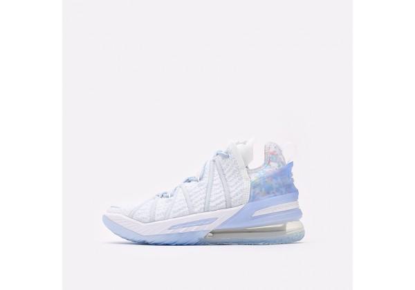 Баскетбольные кроссовки Nike Lebron XVIII белые