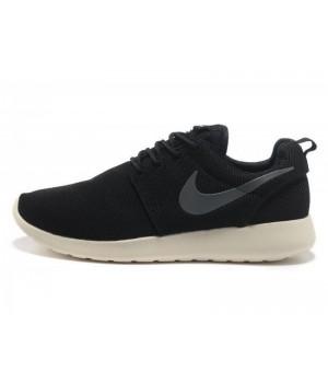 Кроссовки Nike Roshe Run черные с белым