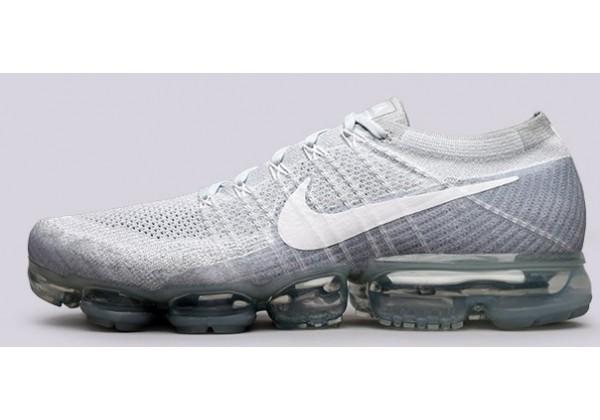 Кроссовки Nike Air Vapormax Flyknit белые